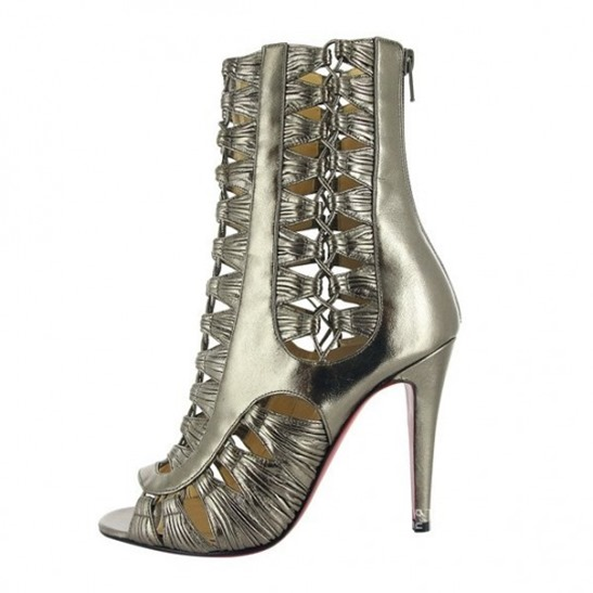 ankle-boot-in-pelle-laminata-christian-louboutin