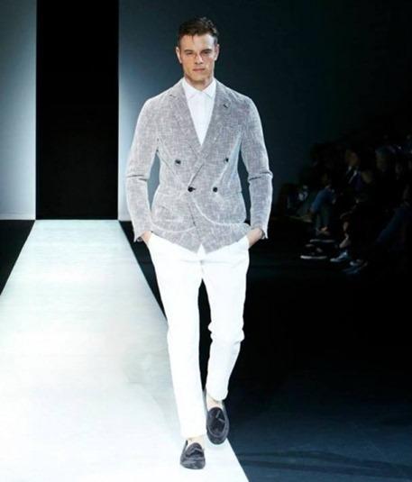 blazer-doppiopetto-grigio-di-armani