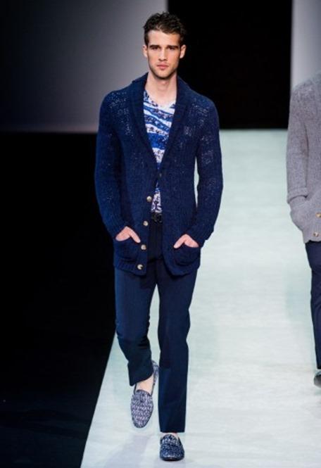 cardigan-blu-e-slippers