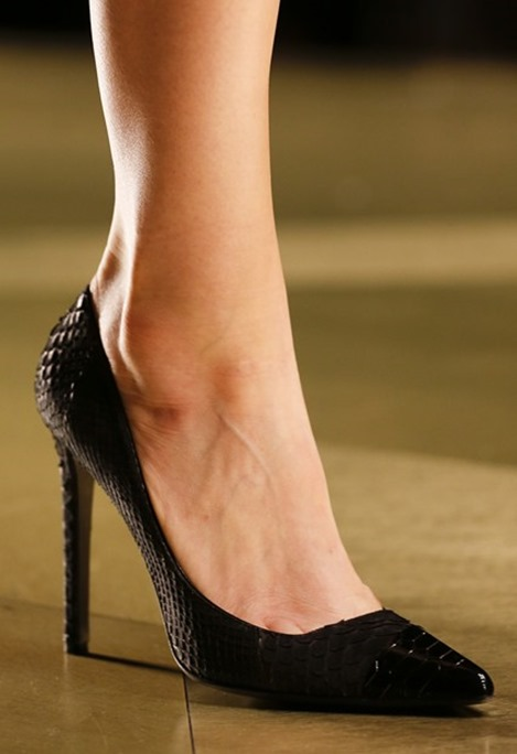 Roberto-Cavalli_poited-toe-pump