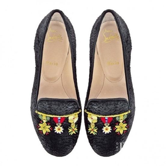 slippers-con-medagliette