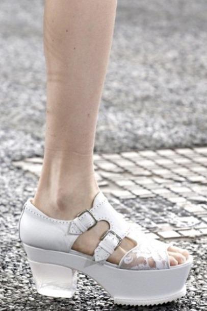 sandali-bianchi-erdem