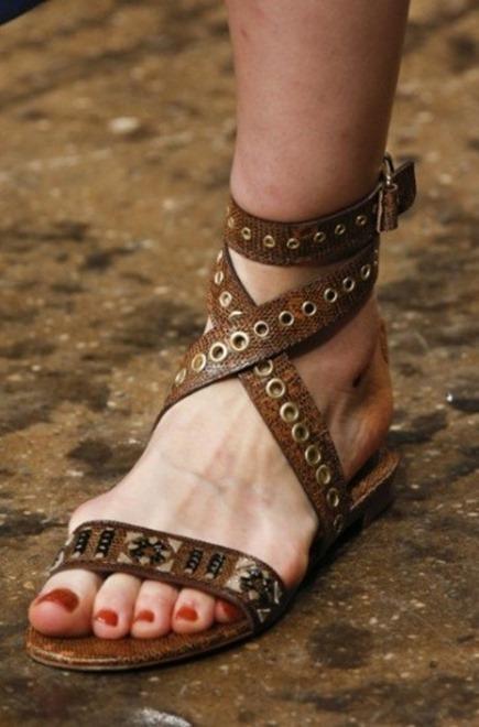 sandali-flat-donna-karan