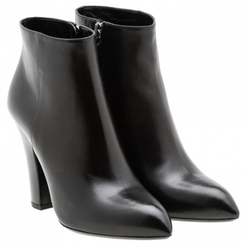 ankle-boot-a-punta-con-tacco