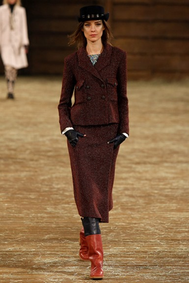 chanel_metiers_dart_paris_dallas_pasarela_194933449_320x480