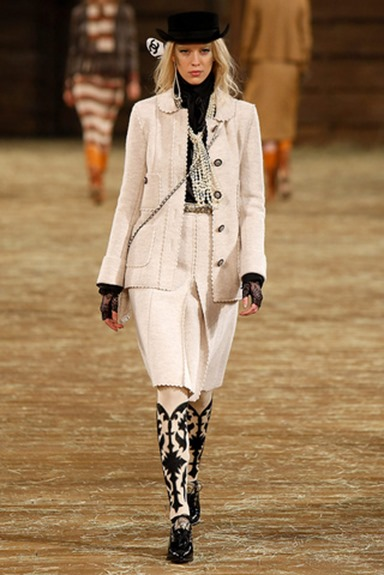 chanel_metiers_dart_paris_dallas_pasarela_360659116_320x480