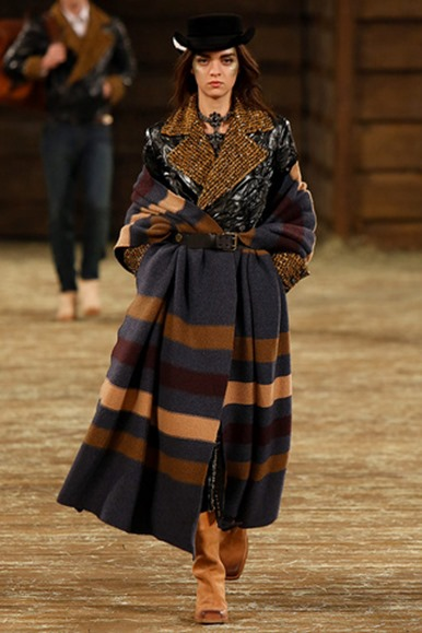 chanel_metiers_dart_paris_dallas_pasarela_4006943_320x480