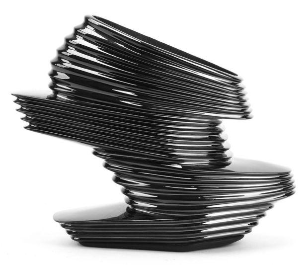 Diseño Nova de Zaha Hadid para United Nude.