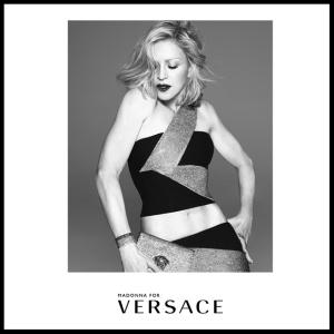 Madonna es la nueva protagonista de la campaña Primavera/ Verano 2015 de Versace. Fotos: Instagram/versace