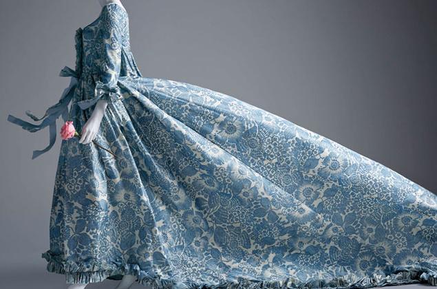 Vestido que lució Kirsten Dunst, parte de la exposición de Óscar de la Renta en el SCAD. Hasta el 3 de mayo.