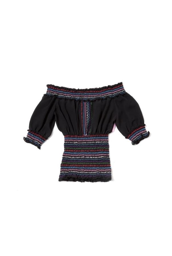 Blusón de escote bardot con bordado de colores firmado por Highly Preppy