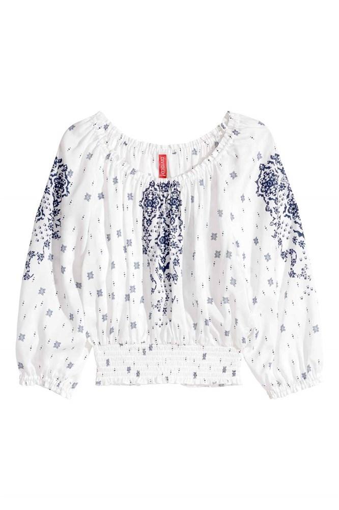 Blusón boho de H&M que deja los hombros al descubierto