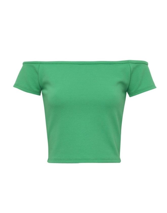 Top verde con escote bardot de Pull and Bear