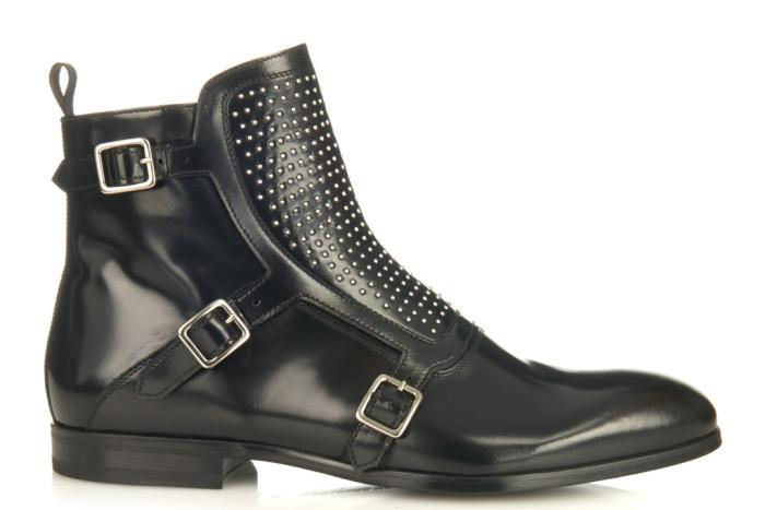 alexander-mcqueen-studded-boots