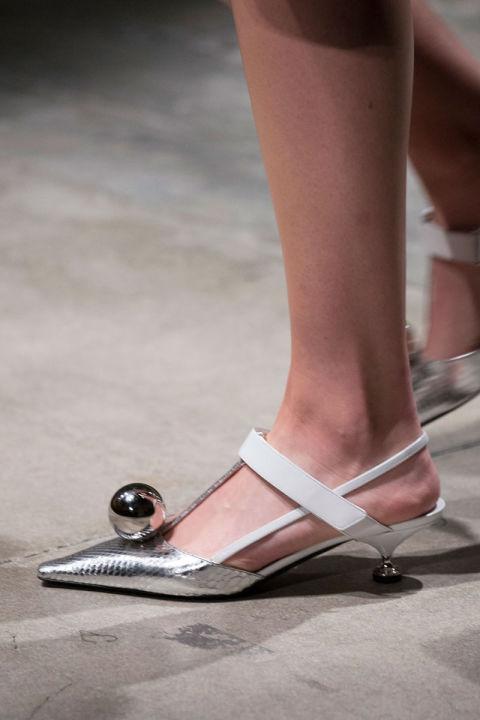 hbz-ss2016-trends-shoes-low-heel-future-prada-clpr-rs16-1969