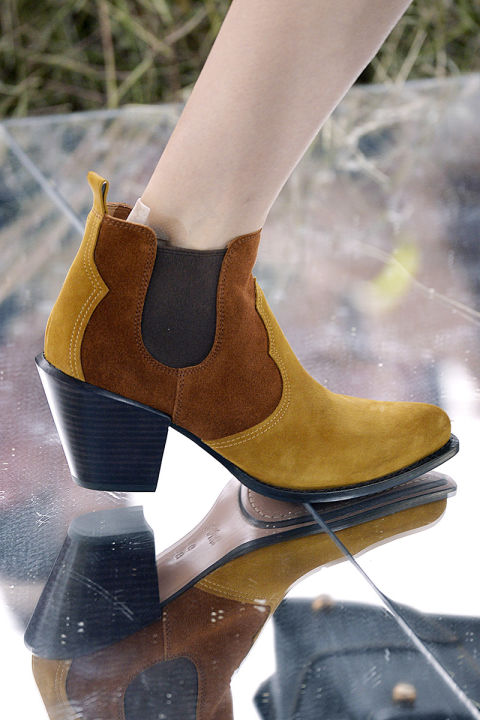 hbz-ss2016-trends-shoes-western-gettyimages-488348050