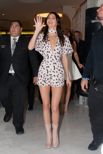 kendall-jenner-2015-shoes-style-19