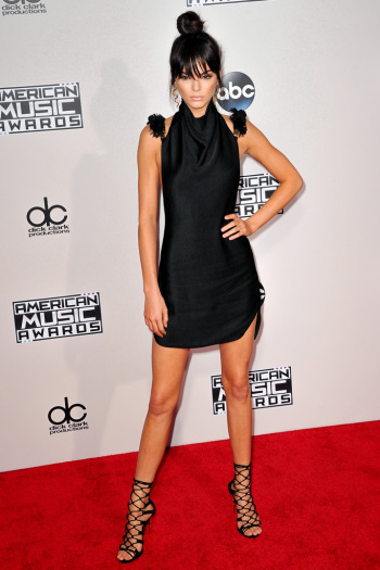 kendall-jenner-american-music-awards