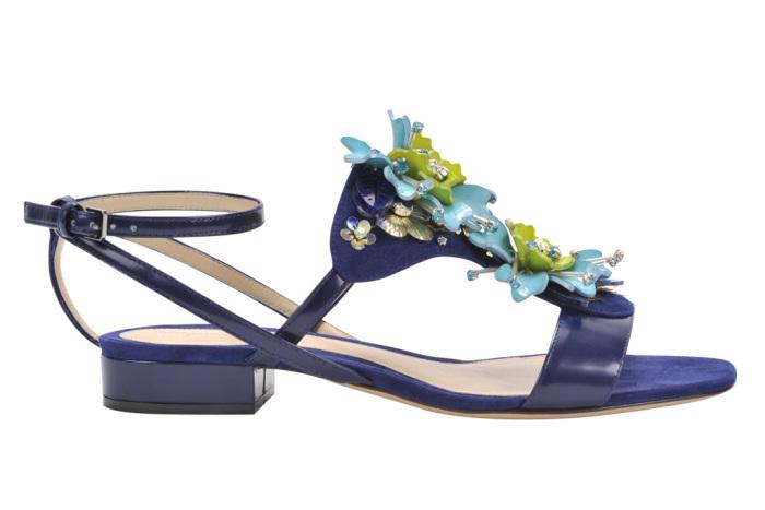monique-lhuillier-pre-fall-2016-shoes-hailey-flower